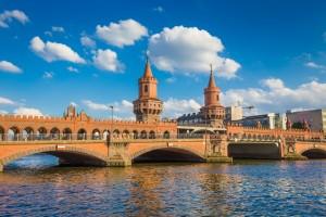 Brückenfahrt Berlin mit Unterhaltung