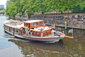 Brunch auf dem Schiff in Berlin