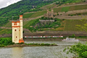 Rheinfahrt Nacht und Nebel