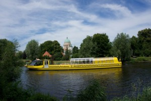 Schlössertour mit Wassertaxi Potsdam